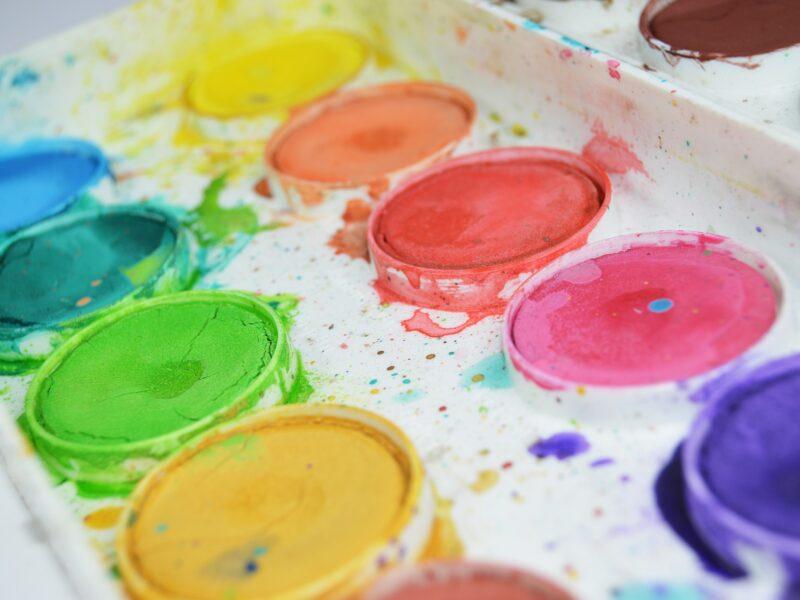 barvy - jak zabavit děti v karanténě