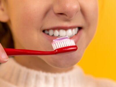 Jak vybělit zuby doma